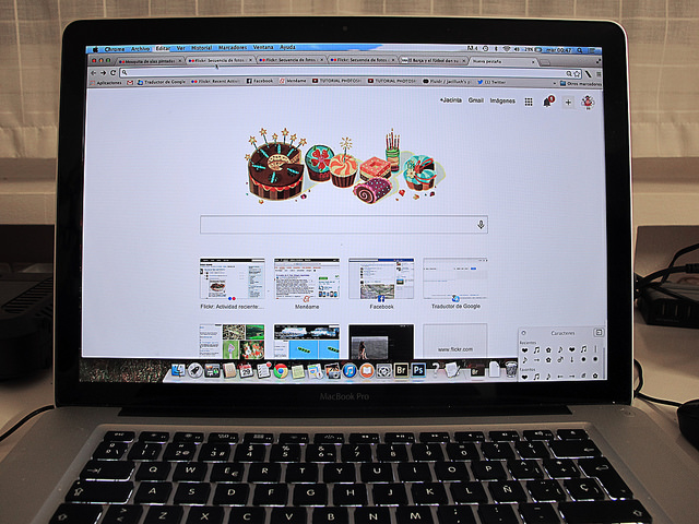 organic search vs. social media