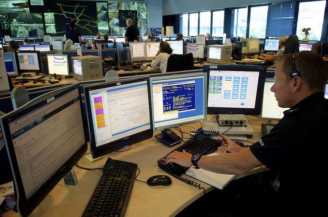 social media monitoring benefits for law enforcement