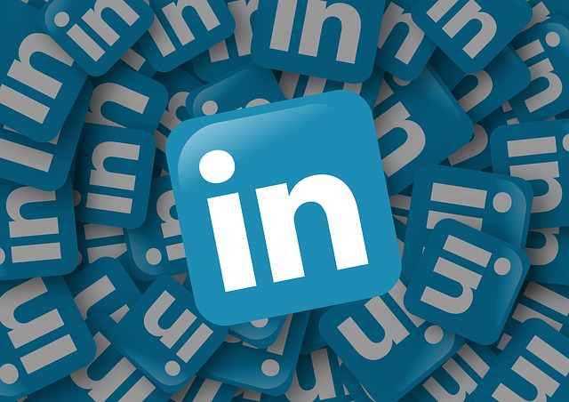 linkedin videos for PR & marketing